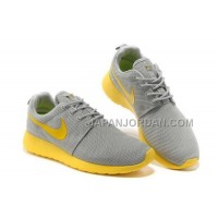 送料無料 Nike Roshe Run Junior Womens Gray Yellow Shoes