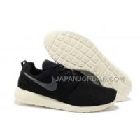 Nike Roshe Run Suede Mens Black White Silver Shoes オンライン