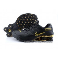 Men's Nike Shox NZ Shoes Black/Gold Discount